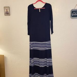 NWOT- Celeste maxi dress, semi sheer, size 2X.